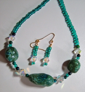 Green Necklace & Earring