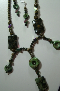Green stones with beads, necklace and earring set #